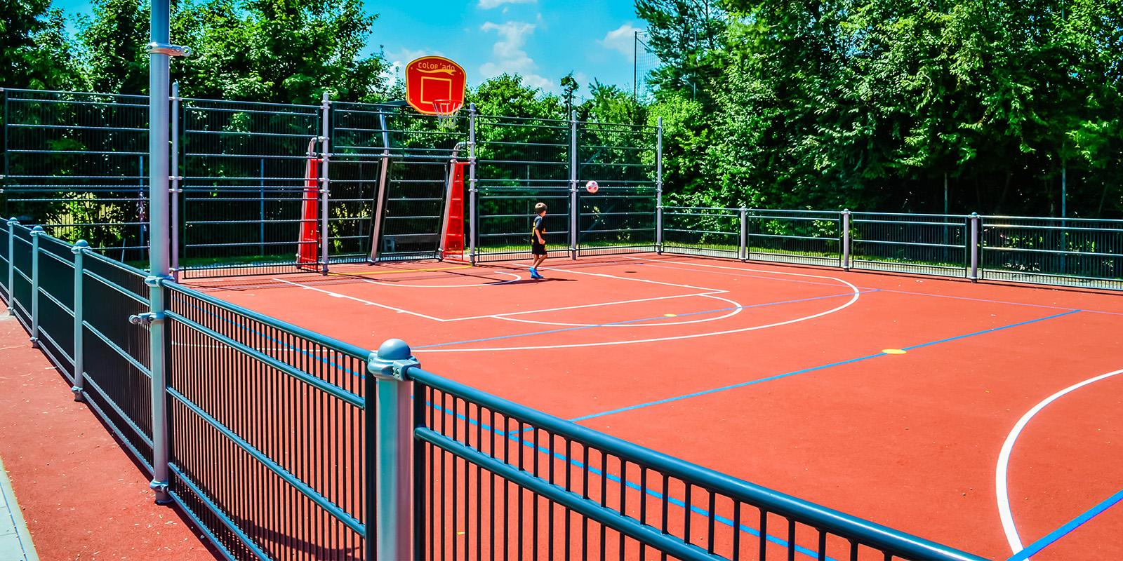 Sport- und Multifunktionsplätze