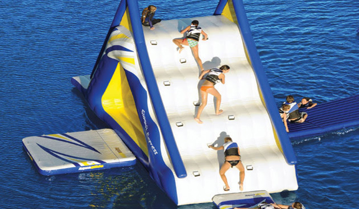 Sport, aquaglide, Wasserpark, Wasserspielanlage, Spielplatz © Spielort.at